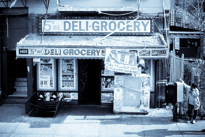 deli-grocery_437920508_o