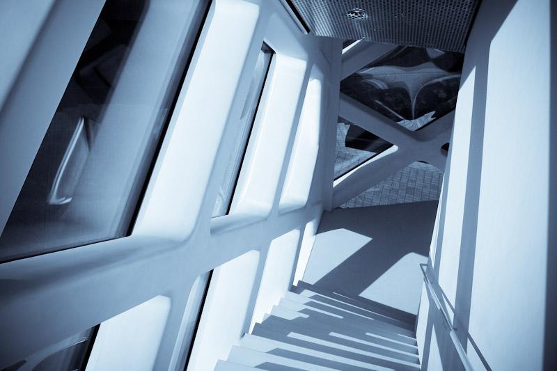 prada-building_399931035_o