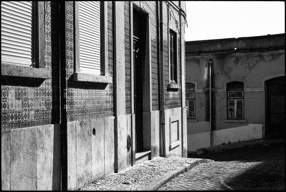 lisboa.noir_agfa_apx-2
