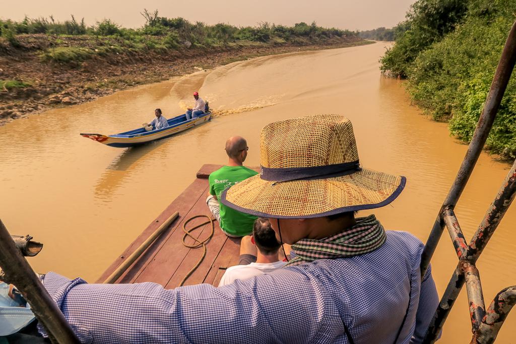 Flussfahrt auf kambodschanisch