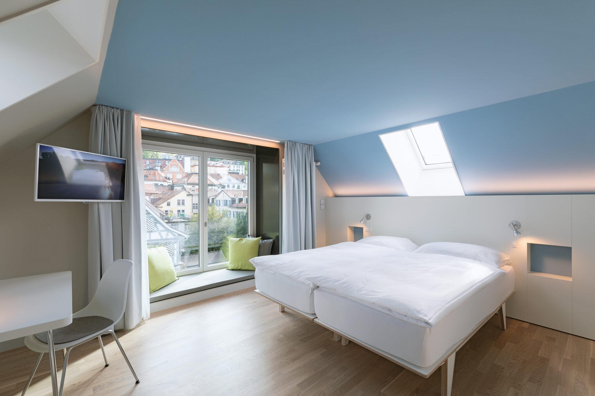 Hotel Dom – Superior Design Zimmer